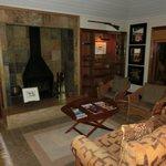 Sable Boma Lounge