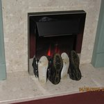 Drying wet shoes