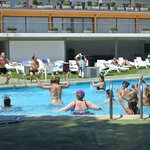 piscine pendant l'aqua gym