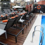 Roof top pool and bar area