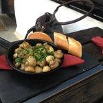 Garlic Mushrooms with Bread served in a skillett