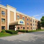 Days Inn and Suites Plattsburgh