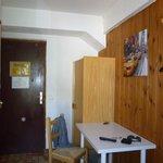 L'armoire et le bureau