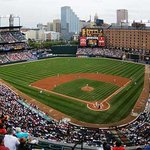 10 minute walk to Oriole Park at Camden Yards