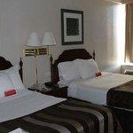 華美達飯店- 猴子灣水上樂園