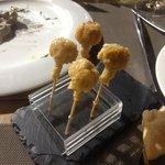 Chupa chups de queso chedar
