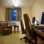 Business center Candlewood Suites