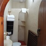 Beautiful traditional tadelakt bathroom