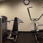 New Yorker hotel gym3