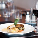 Discover our flavoured and modern cuisine at the Door's Restaurant
