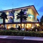 Hotel mit unserem Balkon