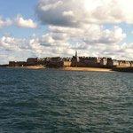 Saint Malo vista desde el mar