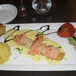 Brochette de gambas, saumon st Jacques