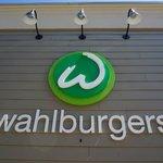 Wahlburgers - Yummy!