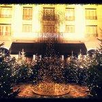 La cour intérieure, Noël 2013.