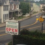 Photo de Peggy's Restaurant at the Chambersburg Travelodge