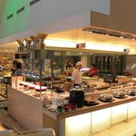 Buffet breakfast at Gobo Chit Chat