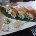 Rainbow sushi (+ nighiri gamberi)