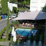 piscine et terrasse