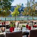 Budapest Marriott Hotel – Peppers! Mediterranean Grill