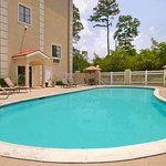 Baymont Inn & Suites Conroe/The Woodlands