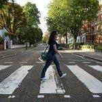 Um raro momento com a rua vazia.