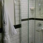 Terrific shower & robe
