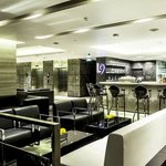 Holiday Inn Bangkok Sukhumvit - Lounge 9