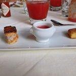 Amuse bouche Gaspacho de pastèque Polenta orientale Feuilleté de foie de volaille  Génial!
