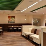 The Hub At Holiday Inn Restaurant
