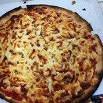 Voila une pizza commandee au resto du camping....plus surgelé que ca tu meurs c est une honte