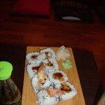 uramaki con tempura di gamberi