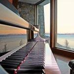 Piano de Cola... Cafeteria, Hotel Arakur, con una vista impresionante...