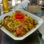 Deliciosa Paella - Taverne 67 - Búzios