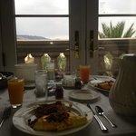 In room dining breakfast