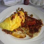 Las Vegas Omelette with Hash browns Very yummy