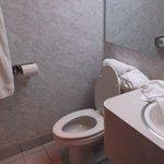 Room 207 - Bathroom