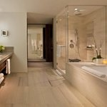 Empire Two Bedroom Residence Bathroom