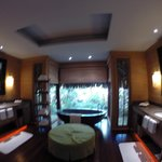3 bedroom villa master bath
