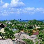 vue depuis la toit piscine de l'hotel U Paasha