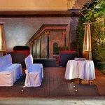 Courtyard Garden - Wedding