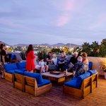 Sunset rooftop drinks!! Heaven!