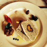 Photo de Terroir La Cachette Restaurant & Wine Bar At Strewn Winery