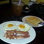 BF1, eggs and bacon and my bubble green tea at the background !!