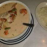 Seafood soup (sopa de marisco)