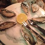 I love oyster. And this place has best oyster in town.