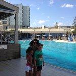 Το Ξενοδοχείο Arina Sand