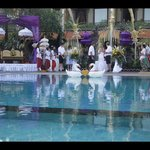 Pool on the day of the wedding