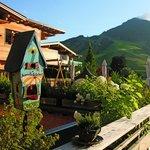 Die 200 qm Terrasse des Alpin Juwel mit 360 Grad Blick über Hinterglemm