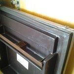 porte cassee du refrigerateur